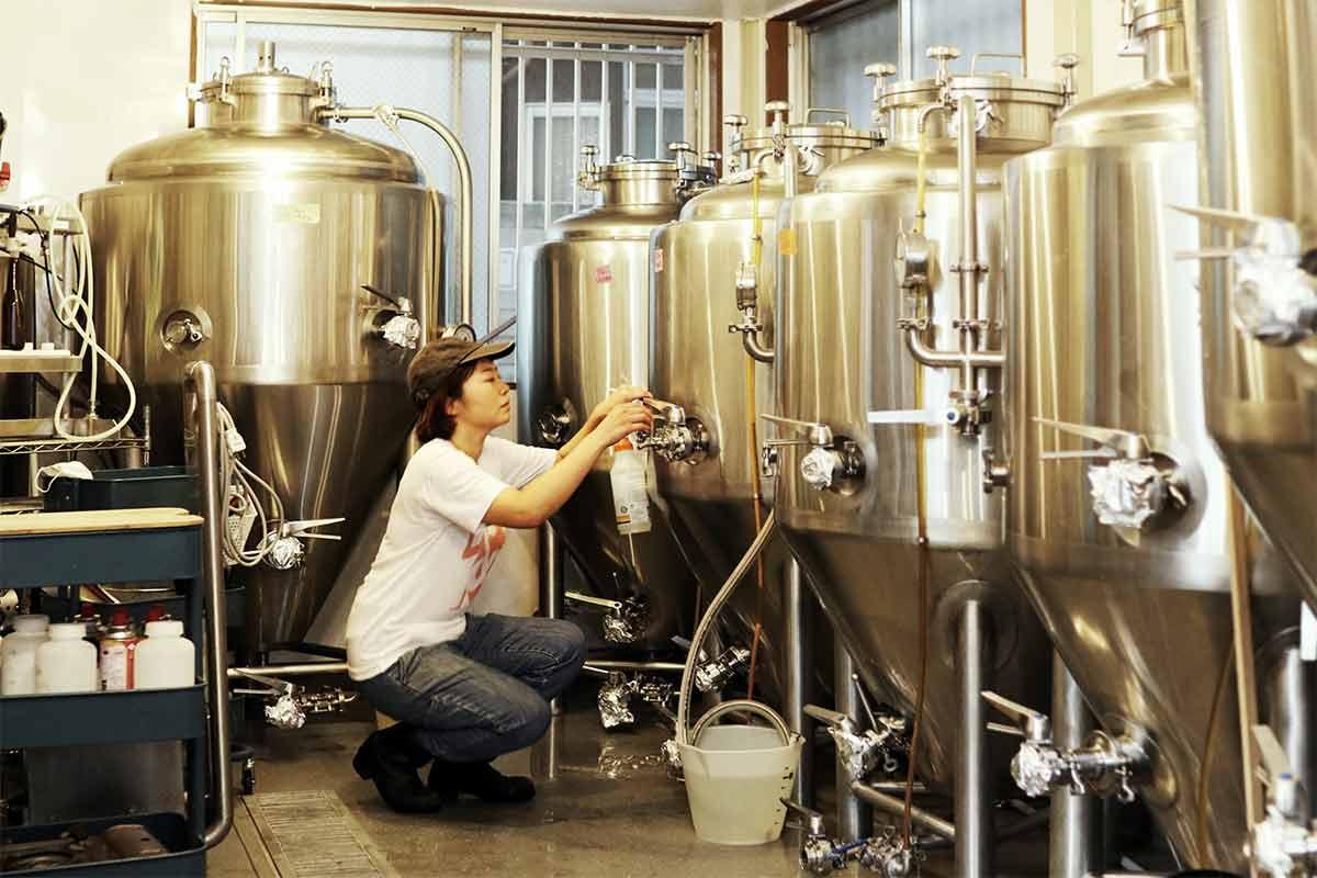 アンドビール 醸造所内